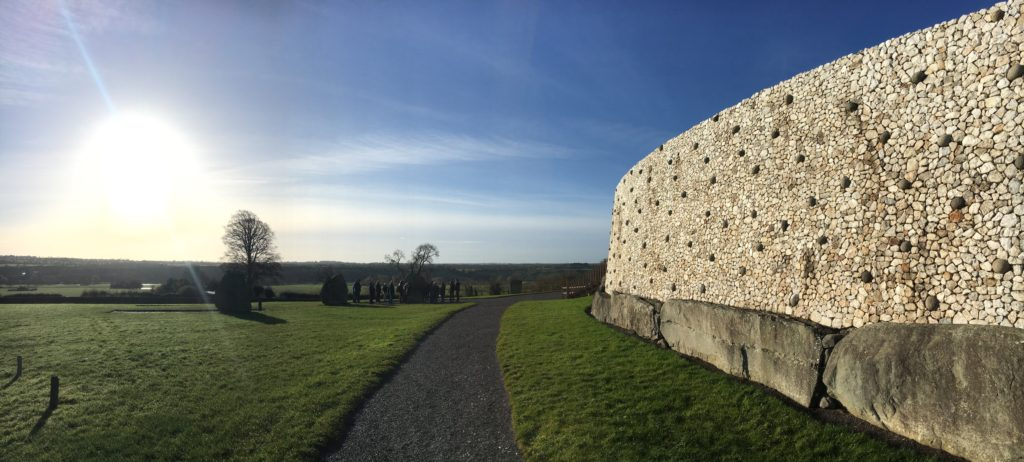 Monument in the Republic of Ireland · Newgrange